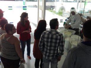 Recibimos la visita de familiares de aprendices de Formación Dual
