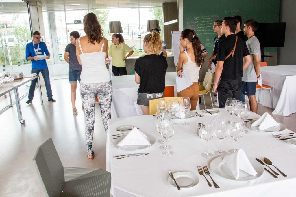 Pruebas actitudinales curso Formación Dual restaurante y sala (inicio curso octubre 2015)